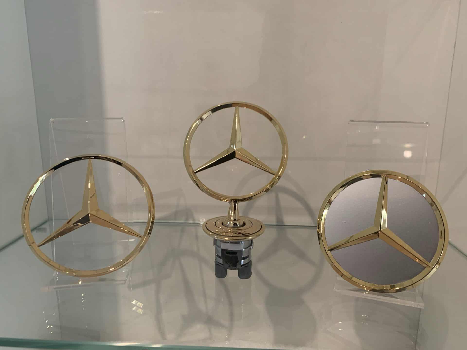 Mercedes Sterne vergoldet Embleme vergolden lassen